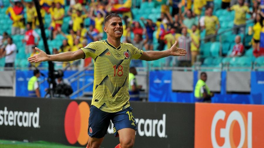 Cuéllar foi autor do gol da vitória da Colômbia sobre o Paraguai, hoje, pela Copa América - Divulgação
