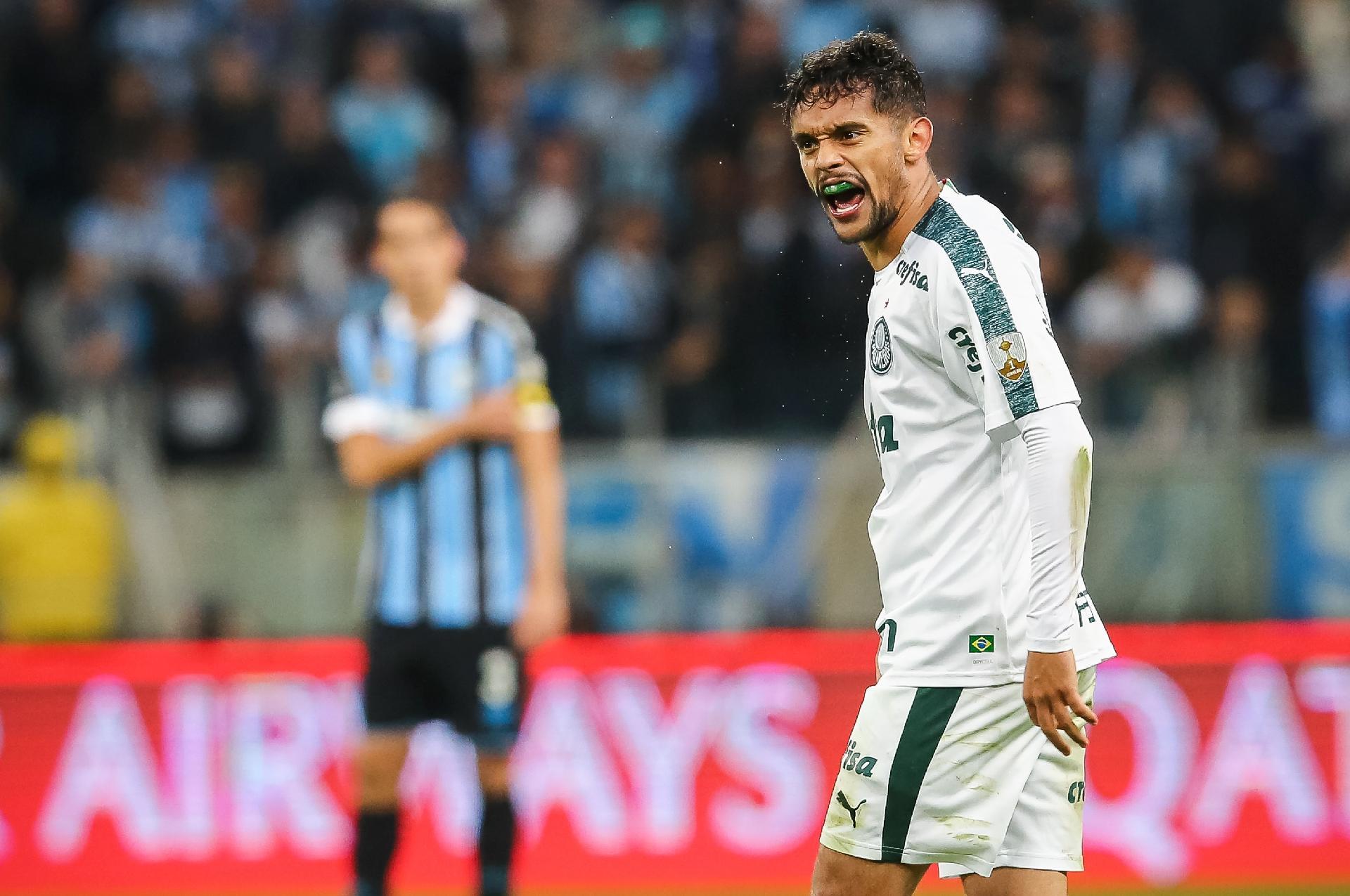 """G. Scarpa analisa Dom Casmurro no Bem Amigos: """"Traiu"""""""