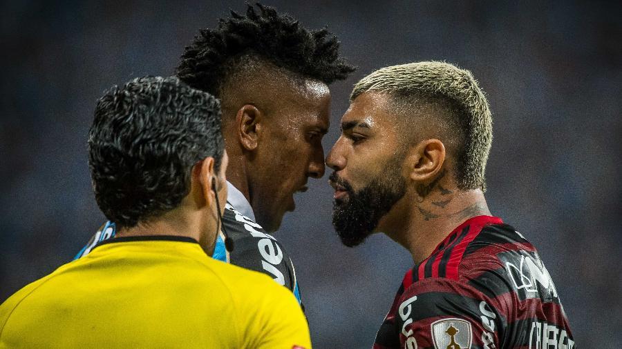 Cortês e Gabigol se encaram durante partida entre Grêmio e Flamengo - Alexandre Vidal/Flamengo