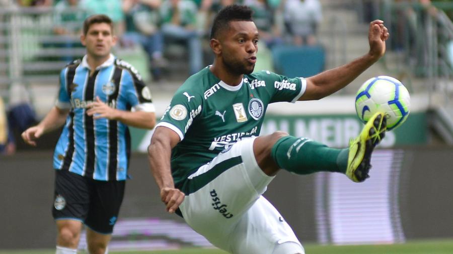 Borja em ação durante partida entre Palmeiras e Grêmio no fim da temporada passada -  Bruno Ulivieri/AGIF