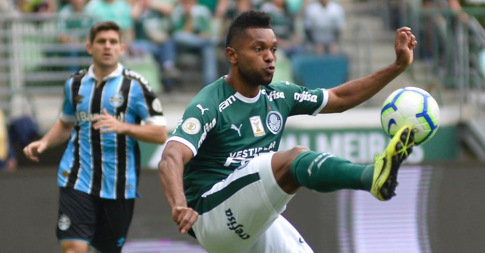 Borja, durante partida entre Palmeiras e Grêmio