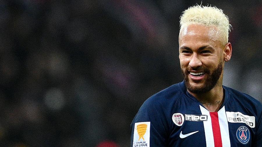 Neymar em ação pelo PSG - FRANCK FIFE / AFP