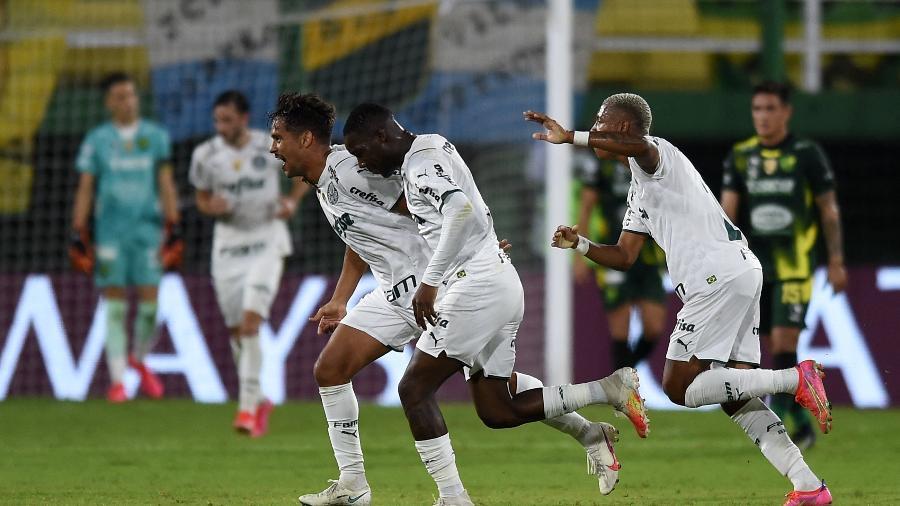 Gustavo Scarpa comemora o gol do Palmeiras na Argentina - Conmebol/ Divulgação