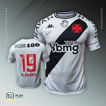 Vasco está leiloando camisas da campanha que combate violência contra mulher: renda será para o futebol feminino - Divulgação