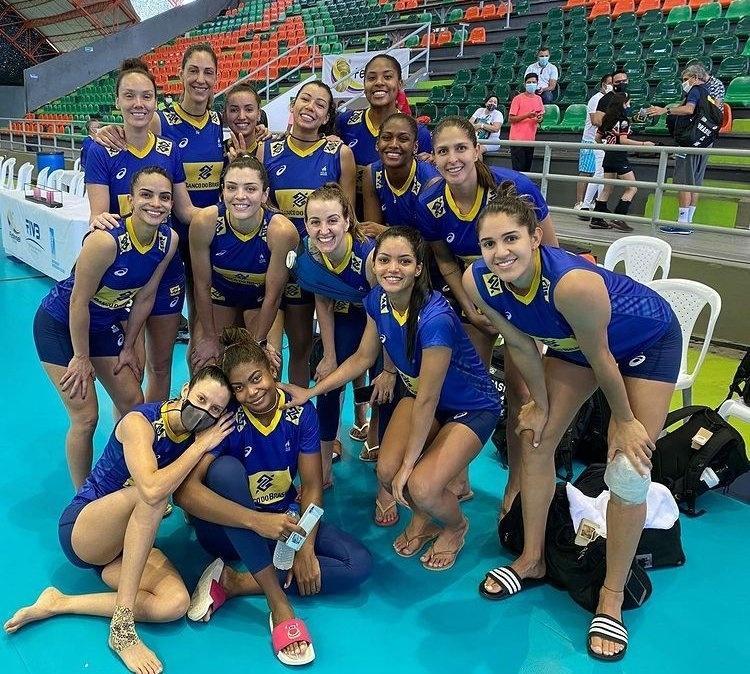 Seleção brasileira feminina, no Sul-Americano de vôlei
