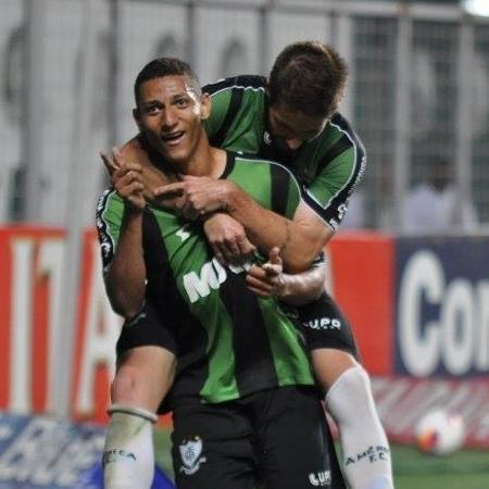 Atleta se profissionalizou no América antes de ir ao Fluminense e partir para a Europa - Facebook do América-MG