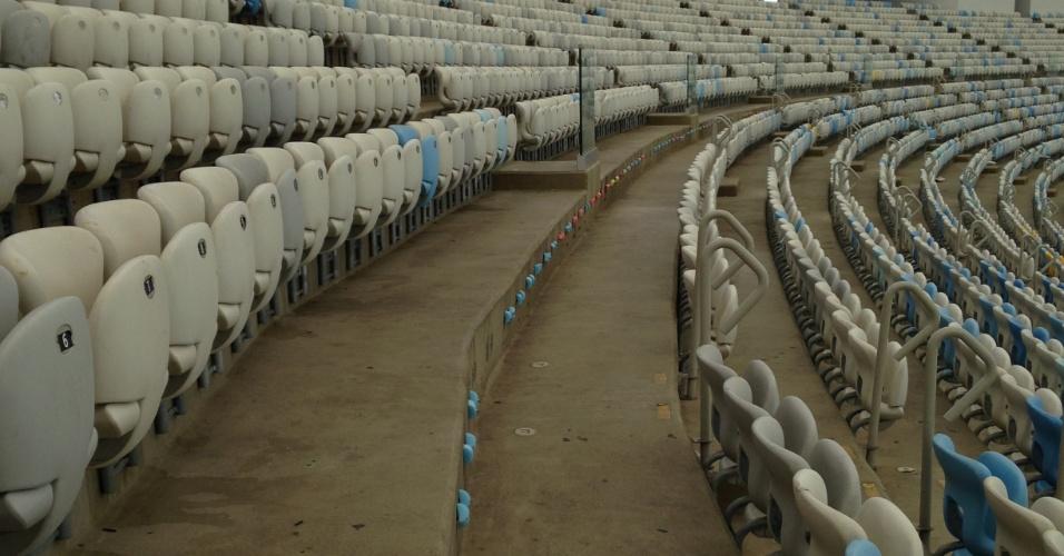 Maracanã ficou sem uma fileira inteira de cadeiras após os Jogos Olímpicos do Rio