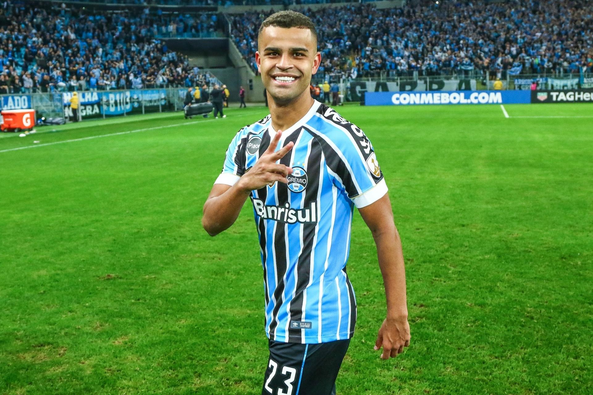 Grêmio recebe Paraná em jogo que era para ser teste de Libertadores -  Esporte - BOL cc0e9d19cb283