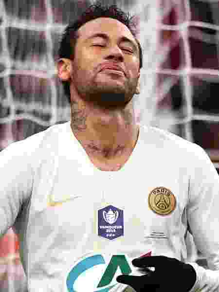 Neymar seguirá punido por três jogos, porque agrediu um torcedor - Martin Bureau/AFP
