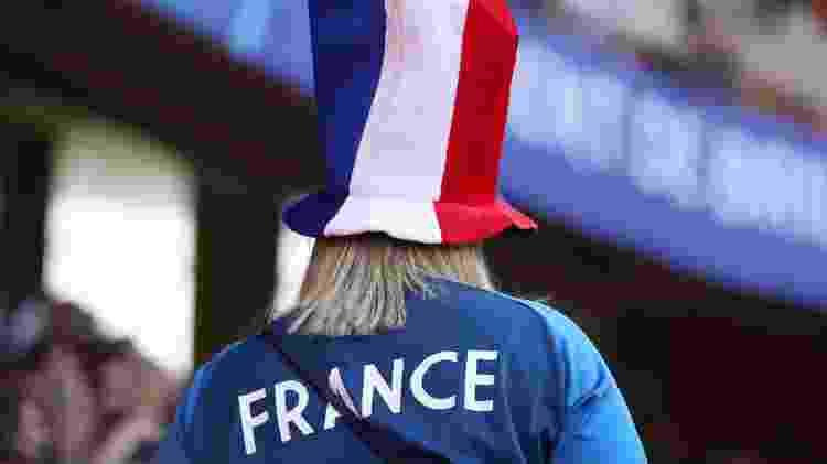 Torcedores são revistados sem muito rigor pelos seguranças da Copa feminina - Catherine Ivill - FIFA/FIFA via Getty Images
