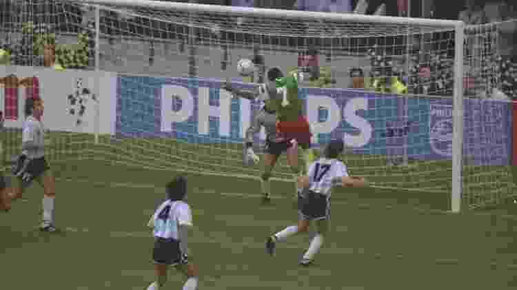 Vitória de Camarões sobre a Argentina na Copa do Mundo de 1990 - David Cannon/Allsport - David Cannon/Allsport