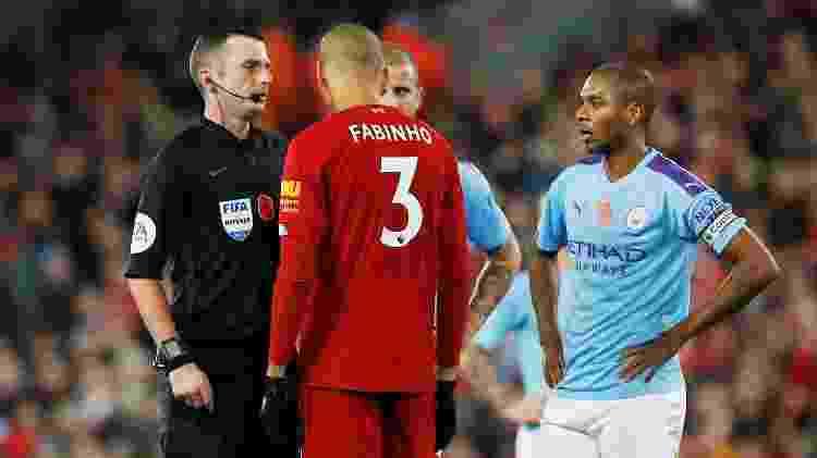 Fernandinho teve partida apagada, enquanto Fabinho teve grande atuação pelo Liverpool - Phil Noble / Reuters