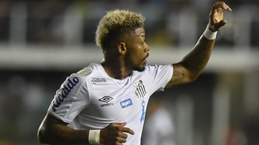 Marinho comemora seu gol na vitória do Santos sobre o Cruzeiro - Ivan Storti/Santos