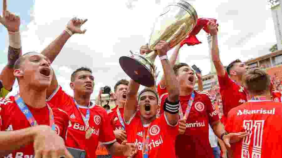 Inter conquistou quinto título da Copa São Paulo diante do maior rival em disputa de pênaltis -  Fernanda Luz/AGIF