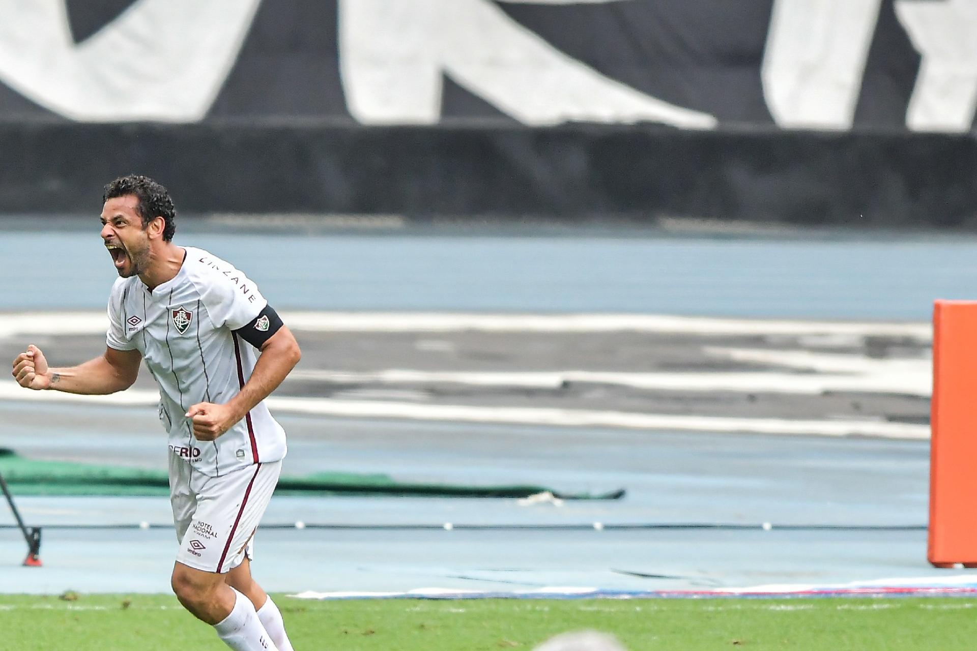 Fred comemora gol do Fluminense contra o Botafogo pelo Brasileirão 2020