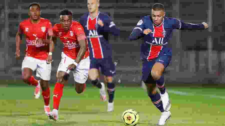 Nîlmes e PSG se enfrentam pelo Campeonato Francês - Eric Gaillard/Reuters