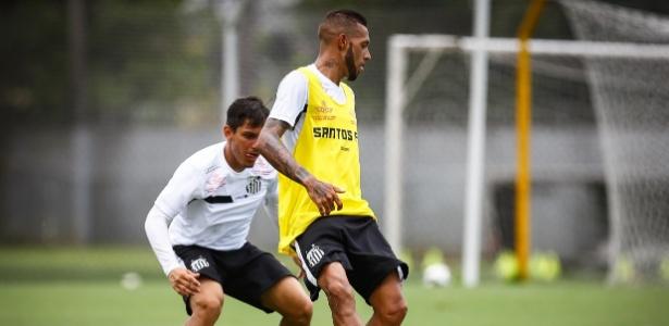 Paulinho foi titular do Santos nas três primeiras rodadas do Campeonato Paulista