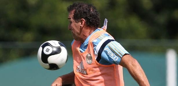 Cuca voltará a defender o Palmeiras no Palestra Itália nesta quinta-feira