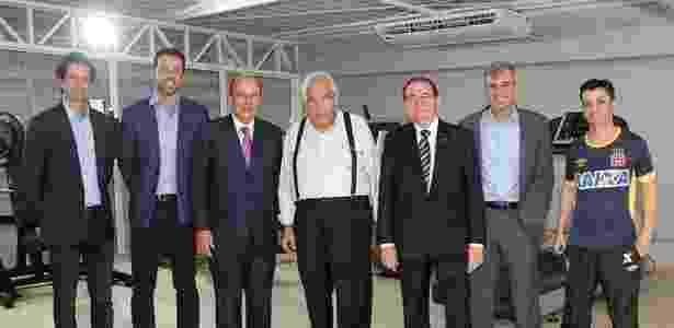 Eurico e Evangelista recebem CBF (Lasmar, Edu Gaspar, Del Nero, Nunes e Mahseredjian) - Paulo Fernandes / Site oficial do Vasco - Paulo Fernandes / Site oficial do Vasco