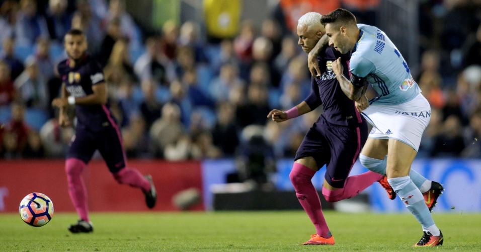 Neymar é marcado de perto em duelo do Barça contra o Celta de Vigo