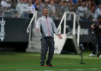 Paraná apresenta Lisca, ex-Internacional, como novo técnico na Série B