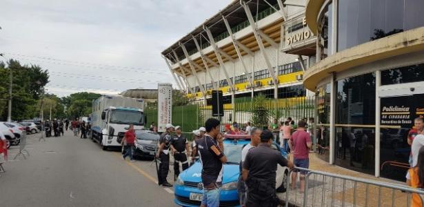 As organizadas de Flamengo e Vasco não marcarão presença no clássico deste domingo - Bernardo Gentile/UOL