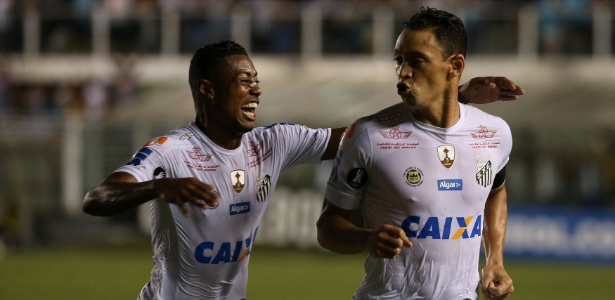 Ricardo Oliveira e Bruno Henrique perderam muitos 'gols feitos' contra o The Strongest