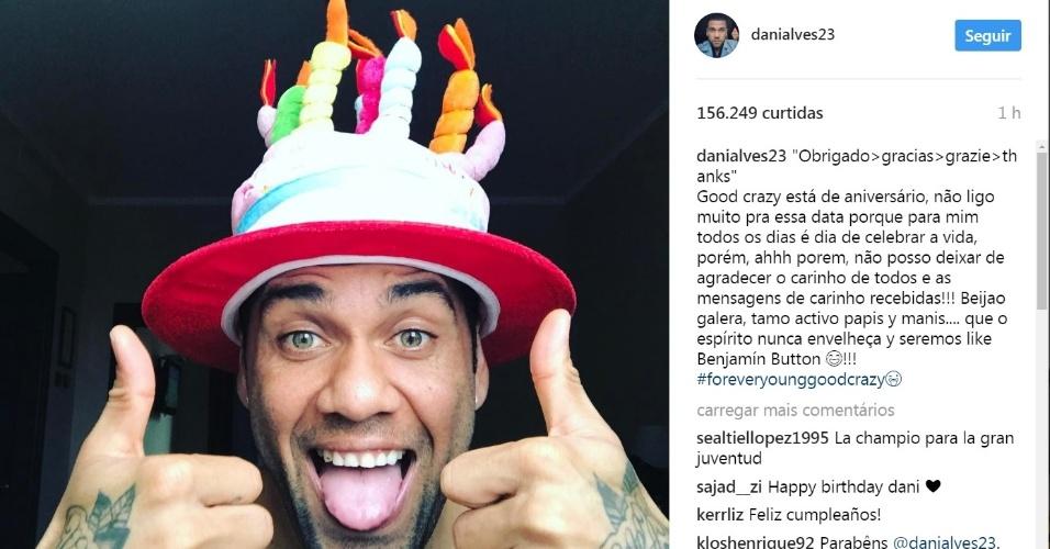 Daniel Alves publica foto comemorando seu aniversário