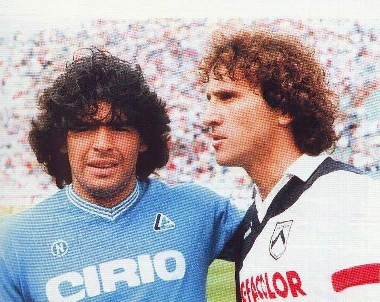 Um encontro de ídolos sul-americanos: Maradona pelo Napoli, Zico pela Udinese