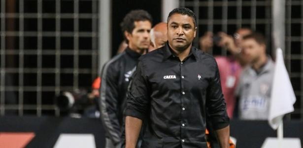 Roger recusou o convite do Flamengo e optou por não trabalhar até o fim do ano