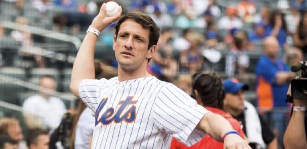 """Belletti """"em ação"""" pelos Mets: foto rendeu críticas da torcida do Coxa nas redes sociais"""