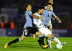 Argentina empata com Uruguai, mas se mantém em quinto com ajuda do Brasil - Natacha Pisarenko/AFP
