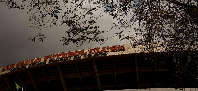 Fachada do estádio do Morumbi; shows na casa são-paulina foram alvo de golpe de ex-dirigente - Ricardo Nogueira/Folhapress