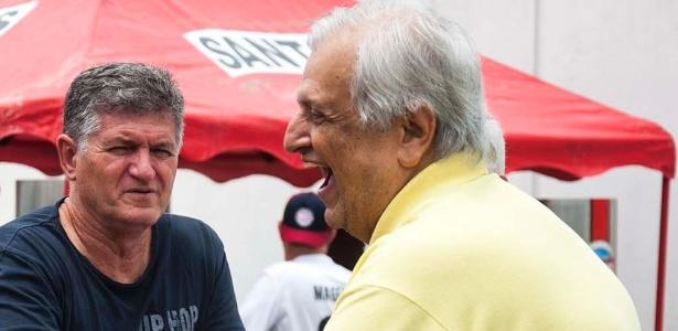 Luiz Taveira e presidente Modesto Roma no CT Rei Pelé, em Santos-SP
