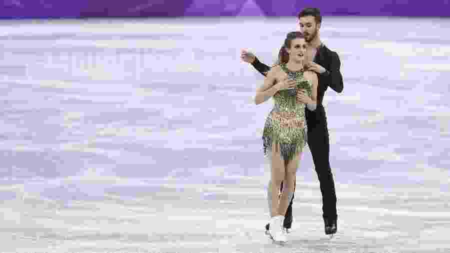 Patinadora francesa Gabriella Papadakis cobre o seio durante apresentação na Olimpíada de Pyeongchang - Xinhua/Han Yan