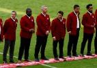 Zé Roberto e outros três brasileiros são homenageados em jogo do Bayern - REUTERS/Michaela Rehle