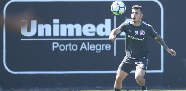 Zeca não ficará nem no banco de reservas nesta quarta-feira contra o Atlético-MG - Ricardo Duarte/Inter