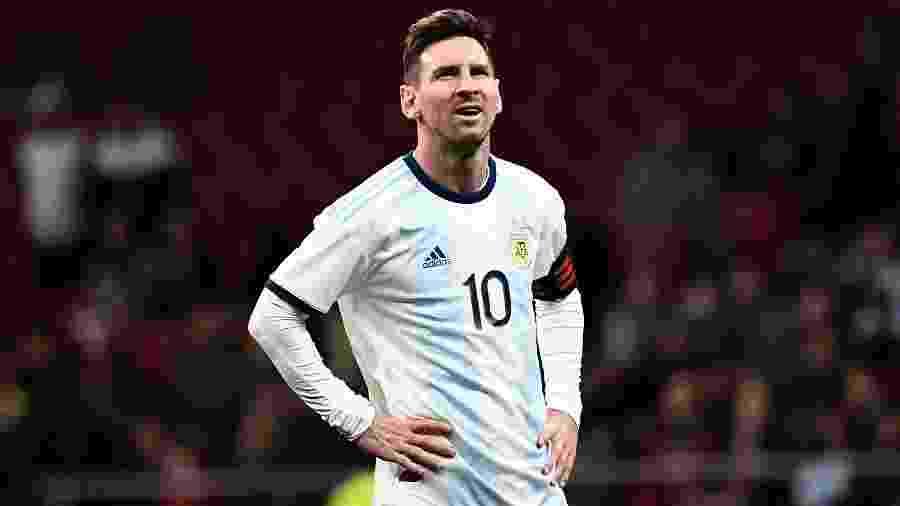 Messi, durante partida entre Argentina e Venezuela - PIERRE-PHILIPPE MARCOU / AFP