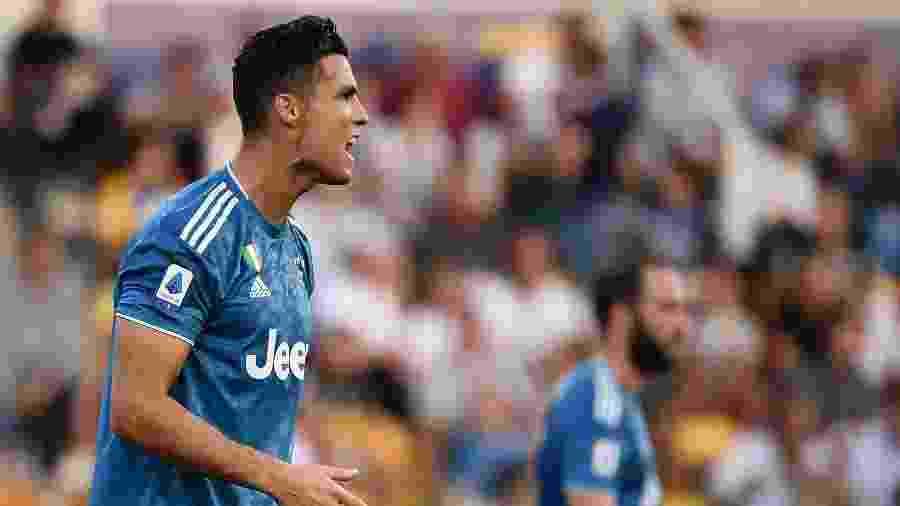 Cristiano Ronaldo reclama após seu gol ser anulado na partida entre Juventus e Parma pelo Campeonato Italiano - Marco Bertorello/AFP
