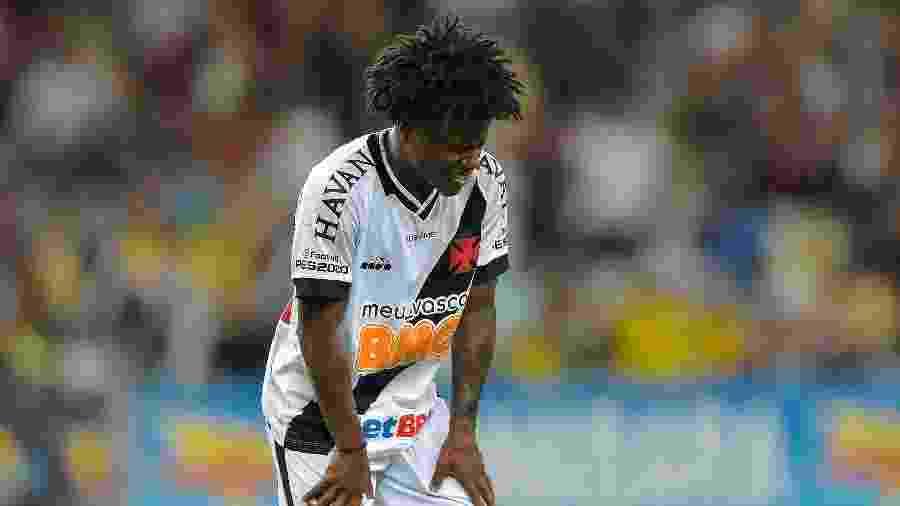 Meia Lucas Santos, de 20 anos, disputou apenas duas partidas em 2020 e não tem sido relacionado no Vasco - Thiago Ribeiro/AGIF