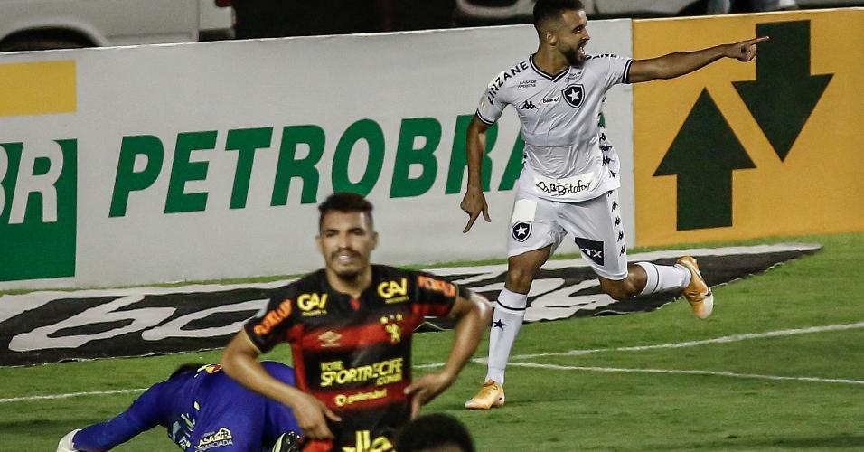 Caio Alexandre comemora gol do Botafogo contra o Sport