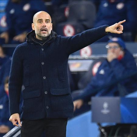 Pep Guardiola no comando do Manchester City - Peter Powell/EFE
