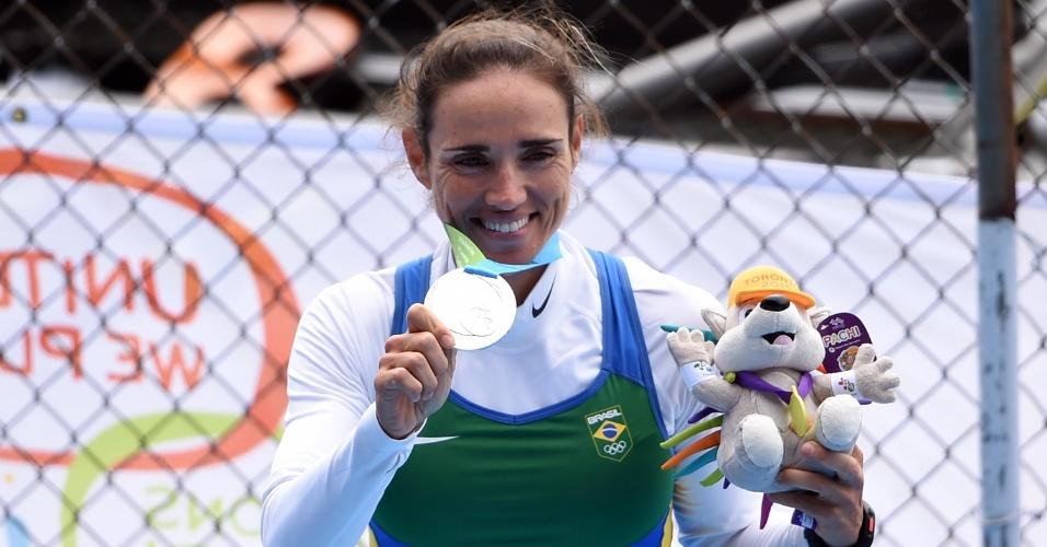 Fabiana Beltrame conquista a medalha de prata no remo, categoria single skiff peso leve