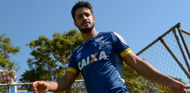 Léo é titular do Cruzeiro desde a chegada de Mano Menezes à Toca da Raposa