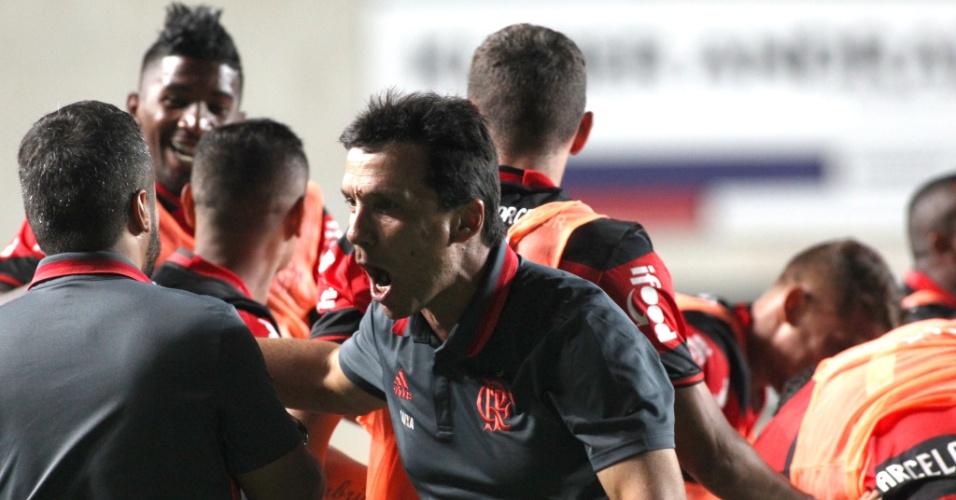 Técnico Zé Ricardo comemora vitória do Flamengo sobre o Cruzeiro