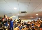 Ceni empolga torcida e mostra lado marqueteiro em chegada ao Fortaleza - Marcel Rizzo/UOL Esporte