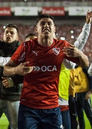 Alan Franco, de 21 anos, foi campeão da Sul-Americana com o Independiente e é avaliado pelo Atlético-MG