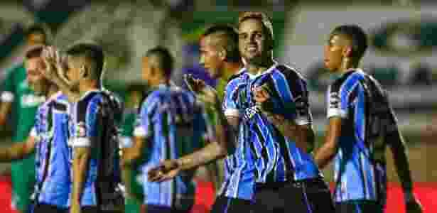 Luan marcou um gol diante do Goiás, na quarta-feira, e será único titular a jogar no RJ - LUCAS UEBEL/GREMIO FBPA