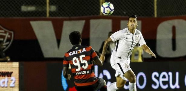 8cba330ac7 Corinthians arranca empate com Vitória fora e leva decisão para ...