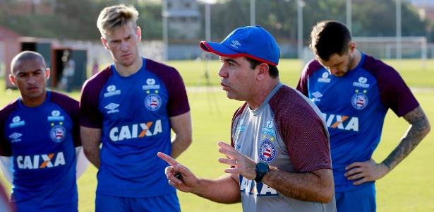 Enderson Moreira foi apresentado nesta terça-feira no Bahia